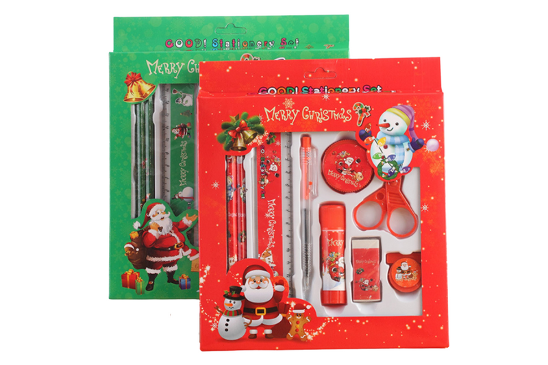 9 piece Christmas Stationery Set Seasonal One Dollar Only