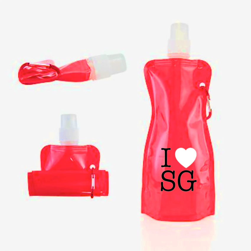 Collapsible water bottle with sports drinking nozzle