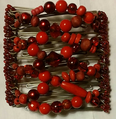 Red bead mix,  9 tooth comb