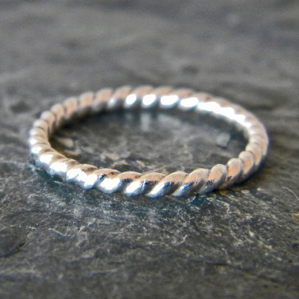 Sterling Silver Thumb Ring Twist