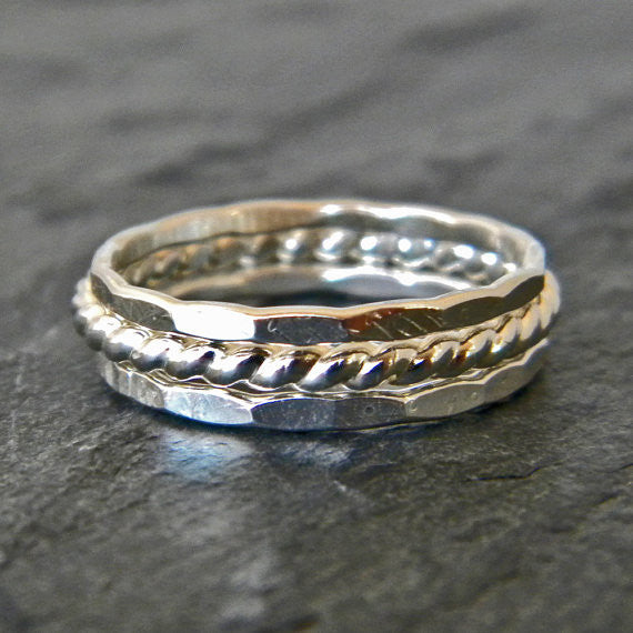 Womens Thumb Ring in Sterling Silver