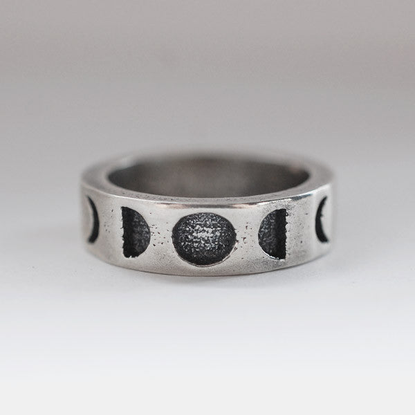 Moon Phase Band Ring