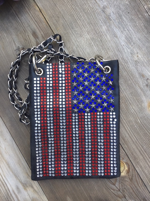 Find Women's Handbags with great designs and prices. You love bands, your family & friends and EVERYTHING vintage. YOU'RE a real patriot and we love that about you, so grab this RED, WHITE AND GROOVY handbag and fly your freak flag.