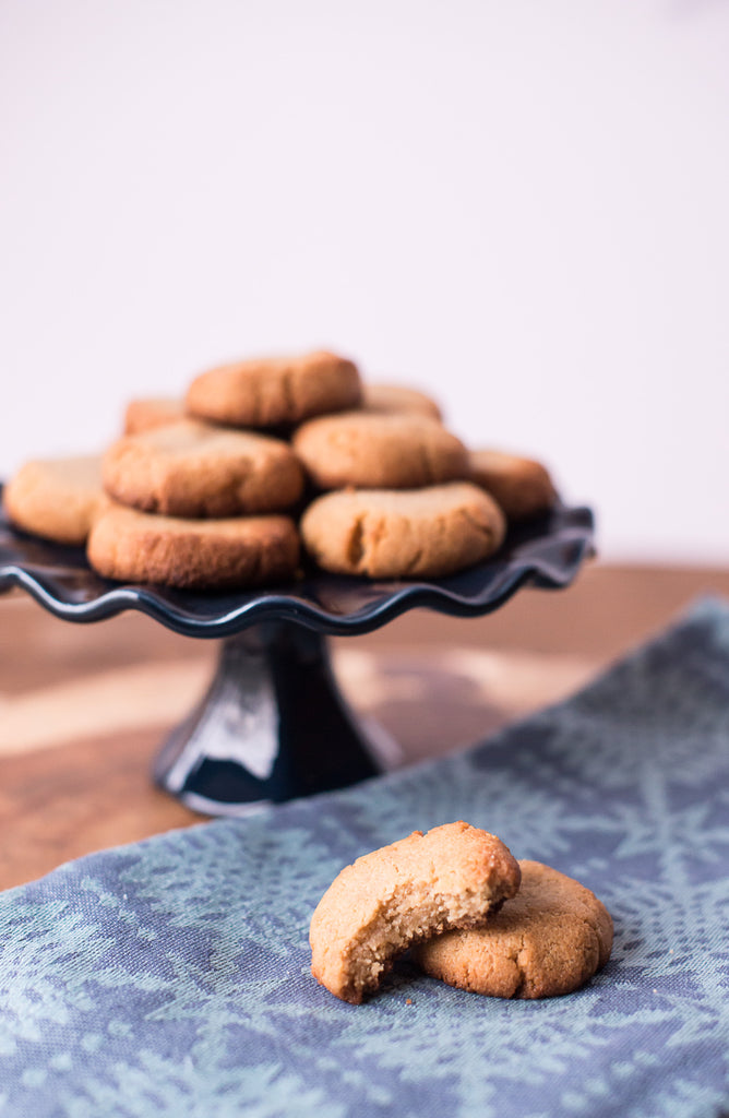 Paleo Ginger Snap Cookies