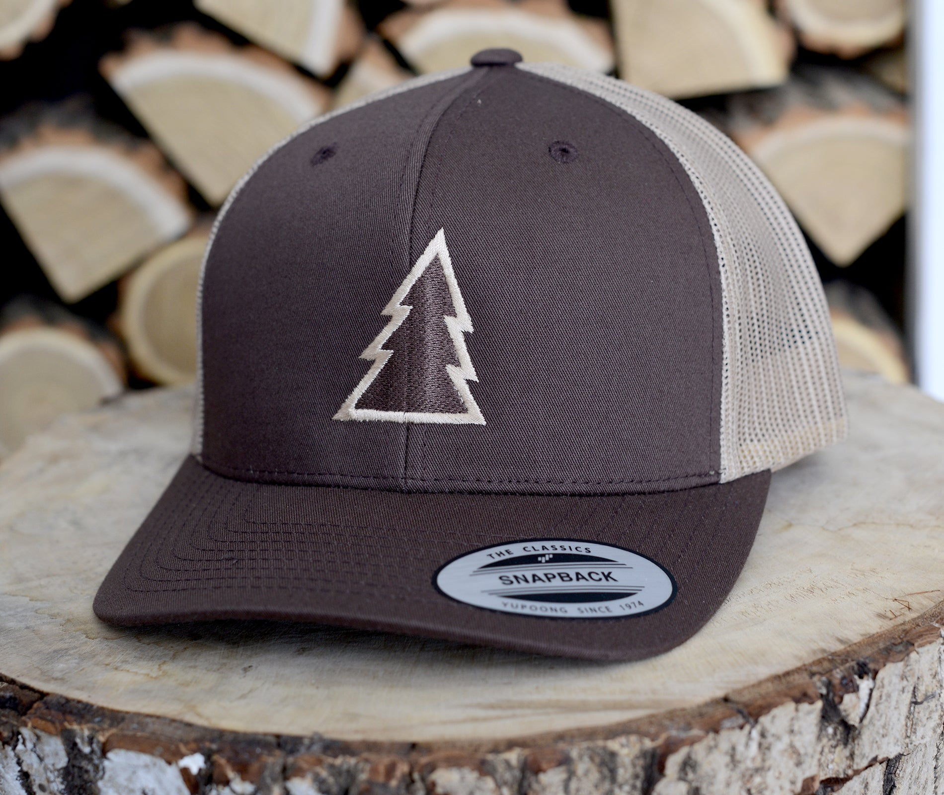 Trucker Cap Embroidered Pine