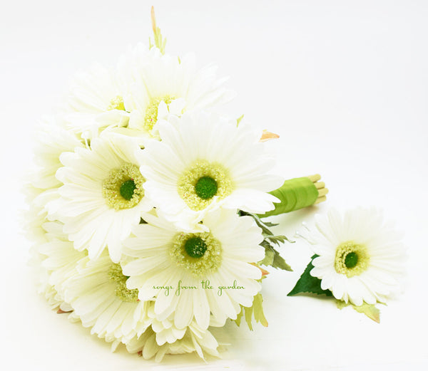 Bridesmaid Bouquet Groomsman Boutonniere - Real Touch White Gerbera Daisies