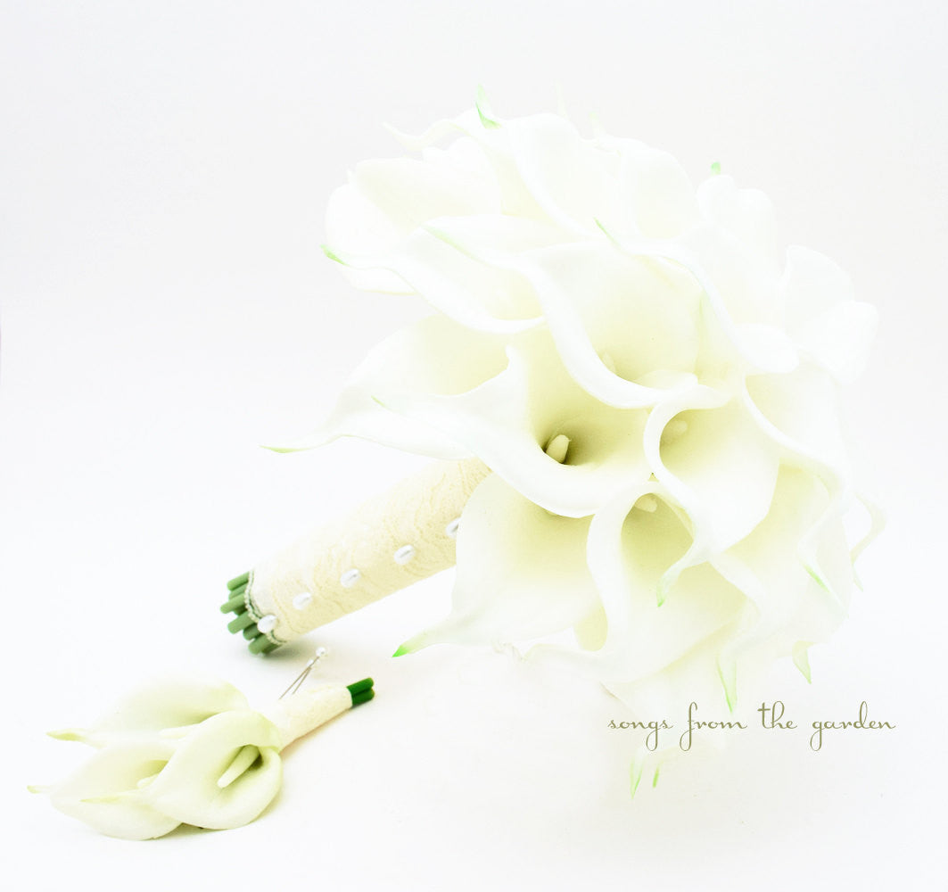 Real Touch Calla Lily Bridal Bouquet Groom's Boutonniere in White with Lace Wrap