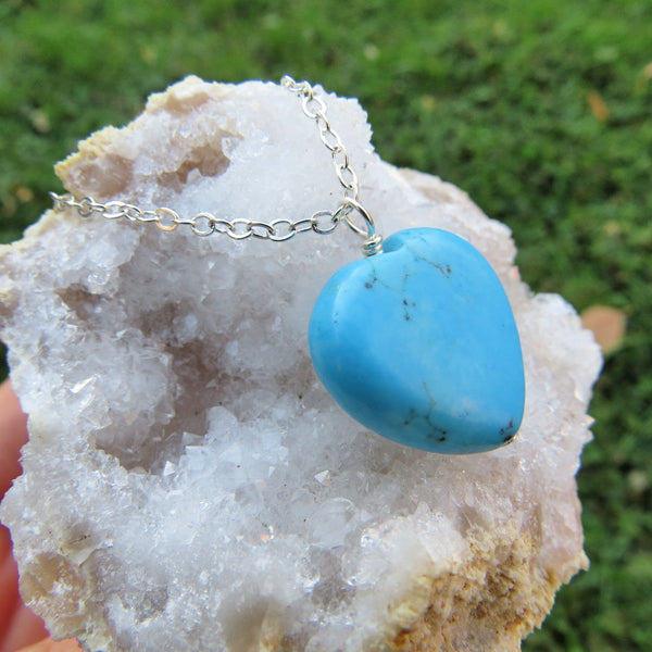 Turquoise Blue Howlite Heart Stone Necklace