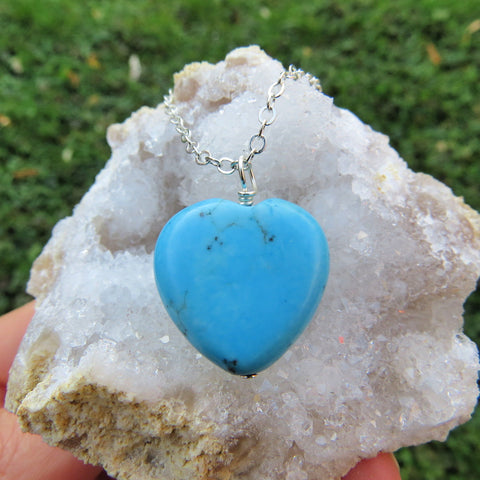 Blue Heart Stone Necklace - Turquoise Howlite Crystal Necklace