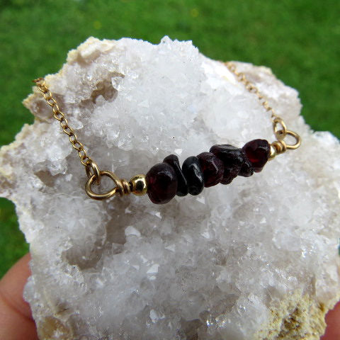 Red Garnet Crystal Necklace w/ Chip Stone Beads
