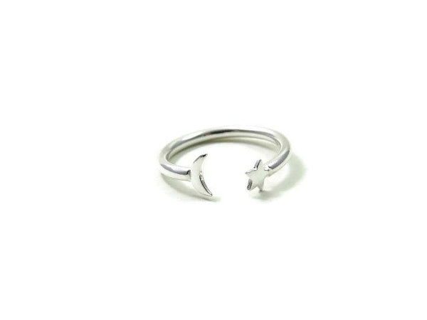 Moon and Star Ring in Sterling Silver