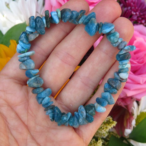 Crystal Apatite Bracelet with Blue Chip Stone Beads