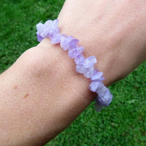 Lavender Purple Jade Bracelet w/ Crystal Chip Stone Beads