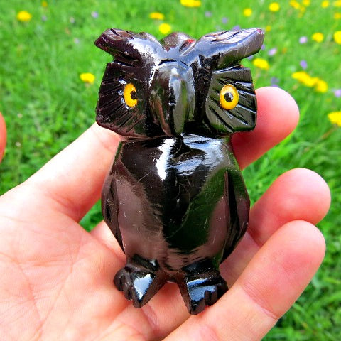 Carved Owl Crystal Figurine - Black Clacite Own Animal Statue