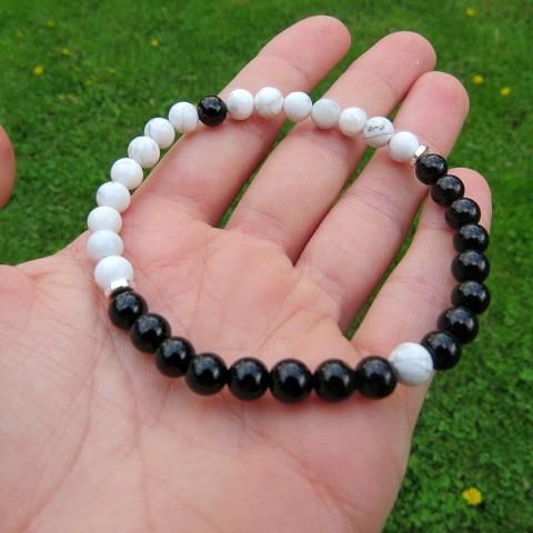 Crystal Yin Yang Stone Bracelet - Black and White Stone Beads