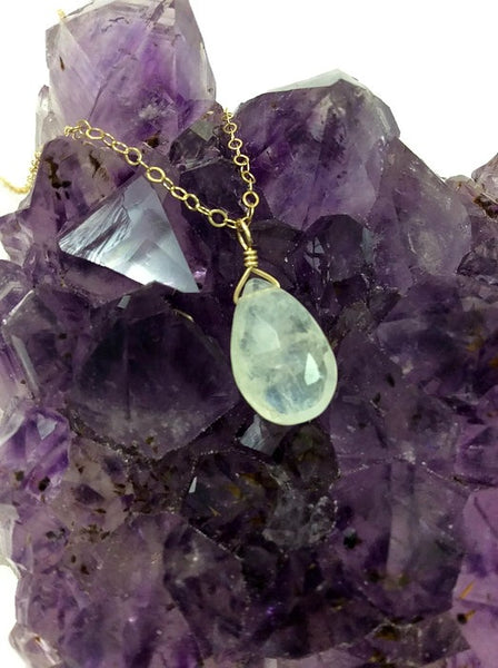 Rainbow Moonstone Necklace in Gold