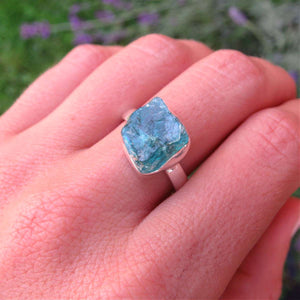 Raw Blue Apatite Ring - Sterling Silver Crystal Ring