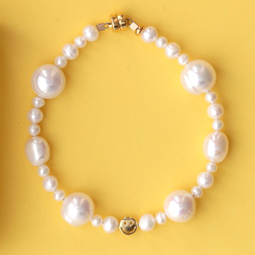 Mixed Freshwater Pearl Smiley Beaded Bracelet
