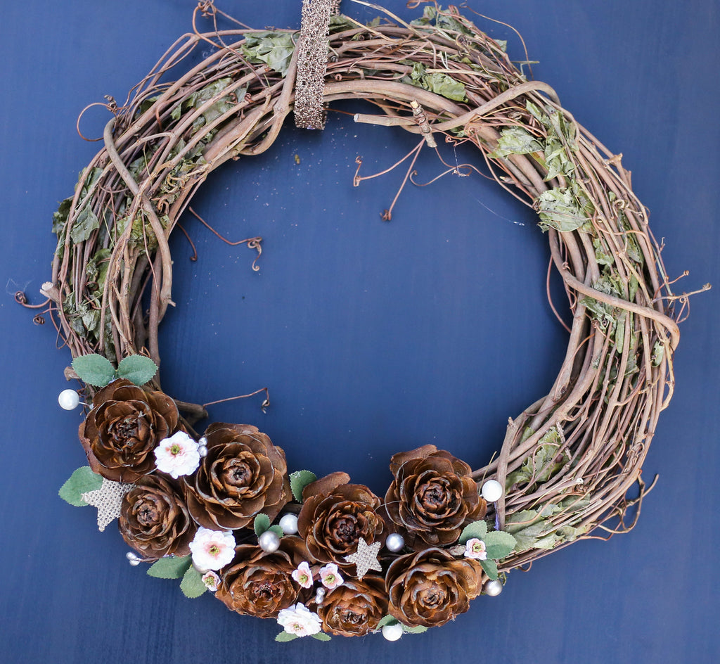 "14"" White Floral Grapevine Wreath"