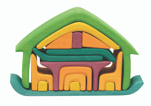 Gluckskafer all in wooden stacking house in green