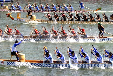 dragon boat paddlers