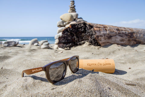 coffee wood sunglasses for the beach