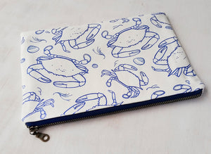 Blue crabs zipper pouch
