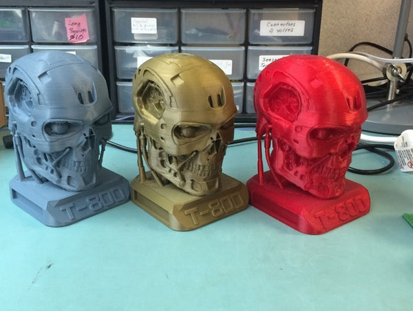 Brilliant Designs in 3D:Terminator T800 Endoskull with base - Free Download