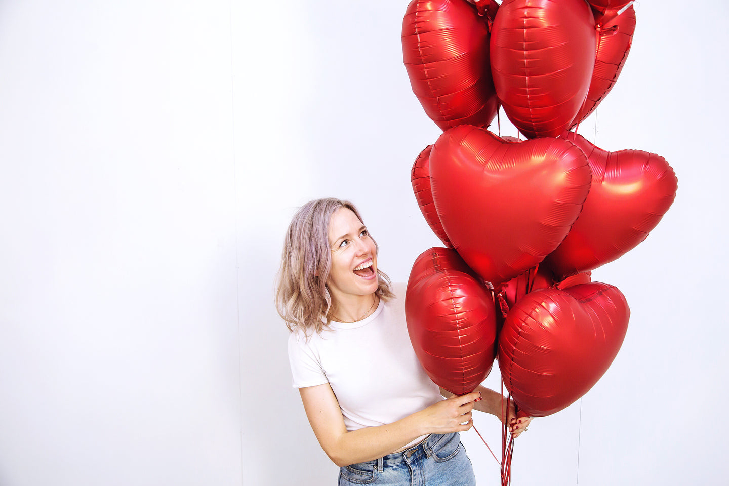 Valentines balloon delivery | The Heyday Club | Melbourne