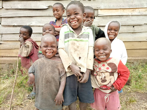 children in Kivu, DRC smiling for the picture taken by Herman