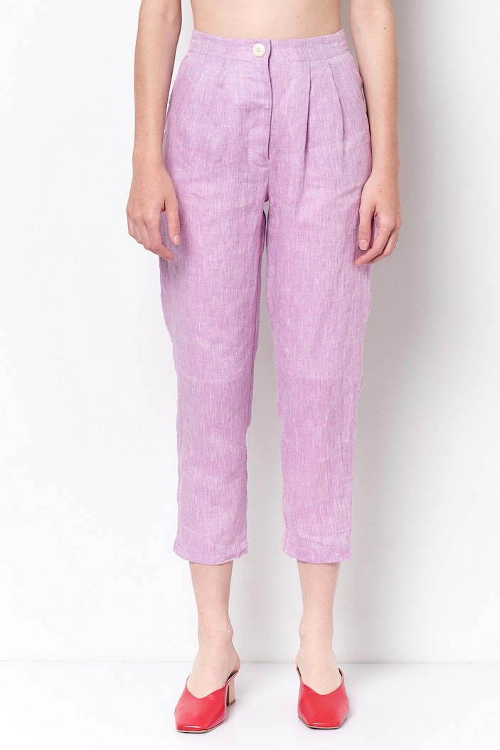 SHEILA Pleated Carrot Pant- Linen