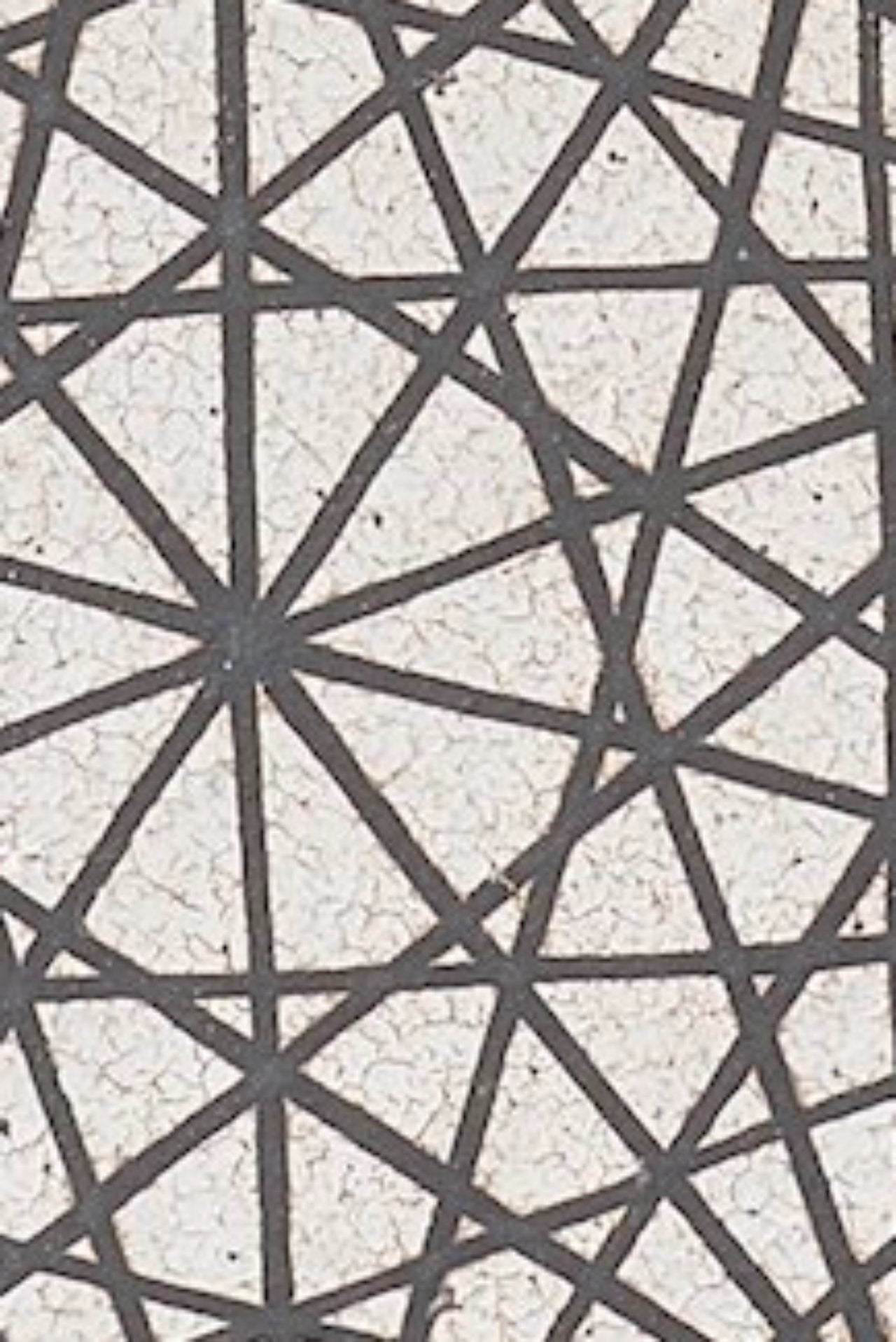 MQuan Web Pattern Ornament