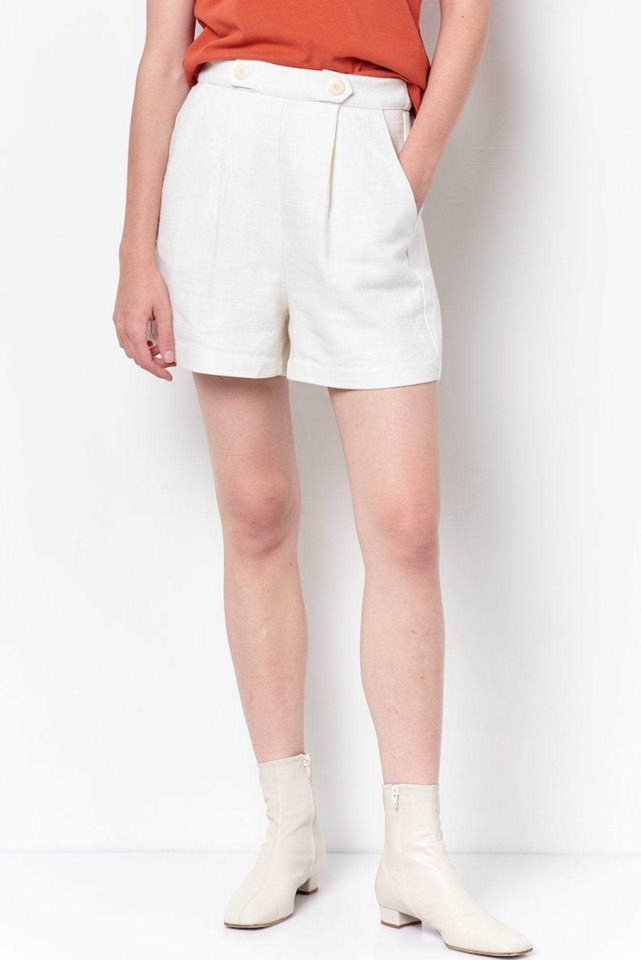 JORDAN High Waisted Shorts