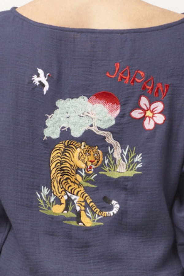 STACEY Cotton Souvenir Pajama Set with Embroidered Tiger/Japan