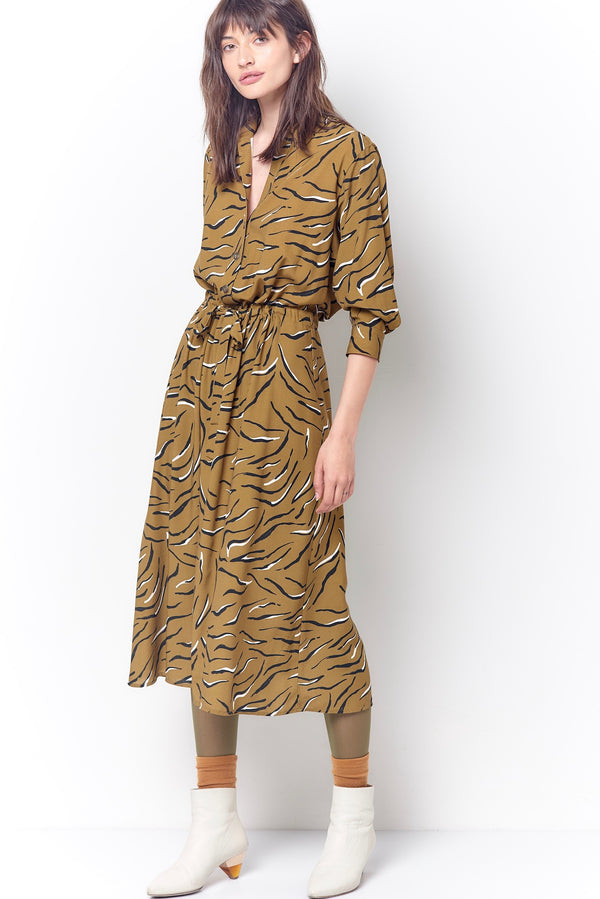 KARRI V-Neck Shirt Dress - Tiger