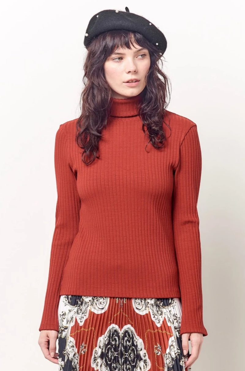 CRYSTAL Bell Sleeve T-neck - Ribb