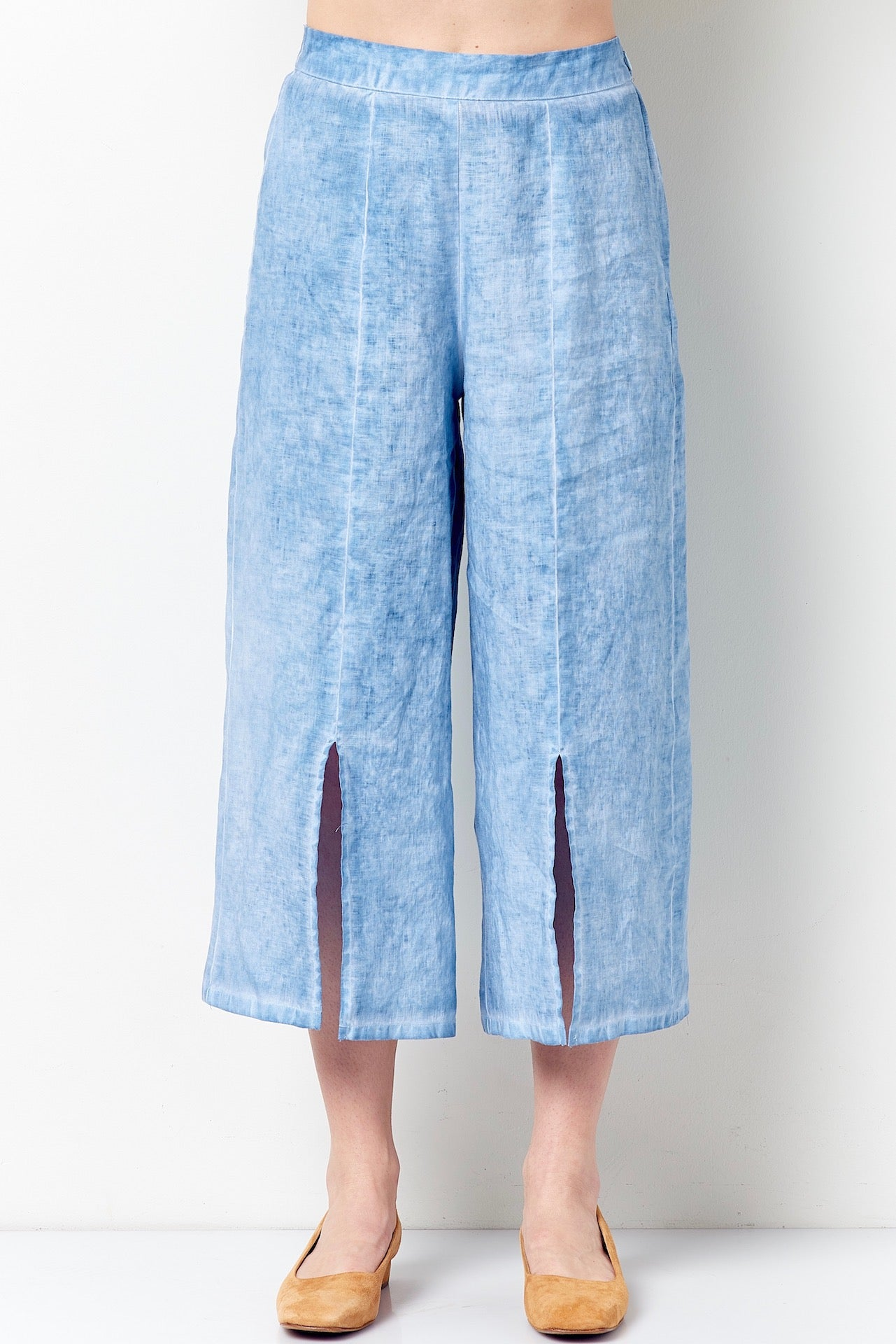 TALEEN Split Leg Cropped Pant- Oil Wash