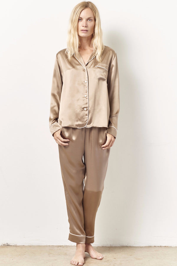 SIENNA Silk cocktail pajama set with sash SAND