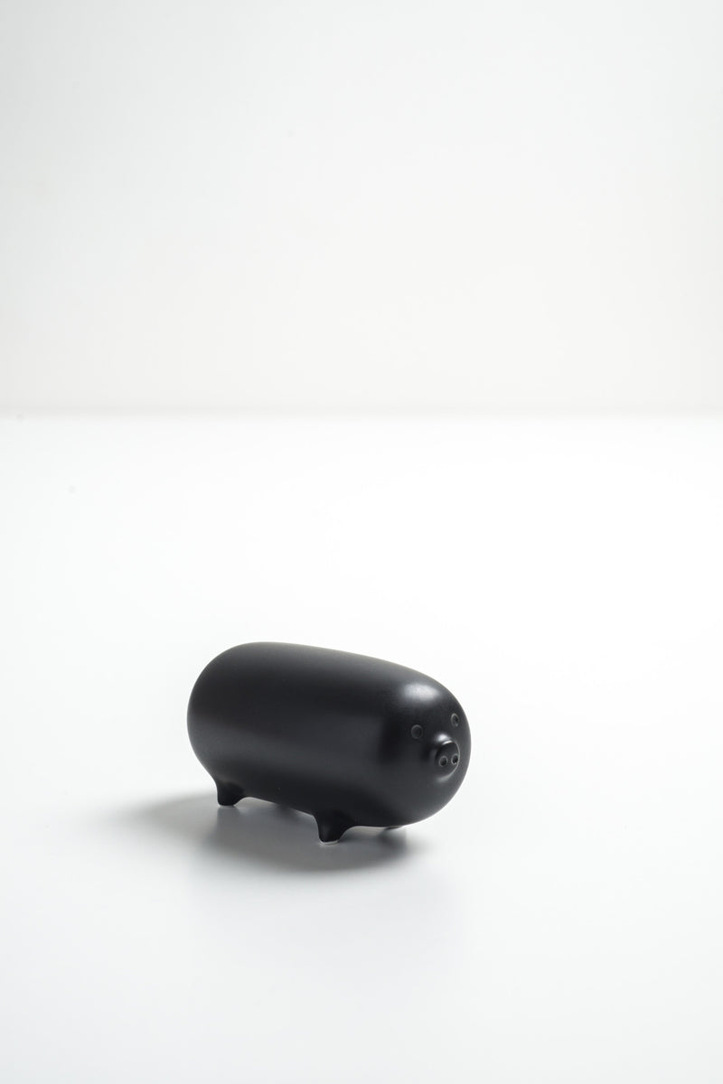 ANIMAL PIG ORNAMENT by Masahiro MORI