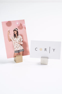 CUBIC photo holder