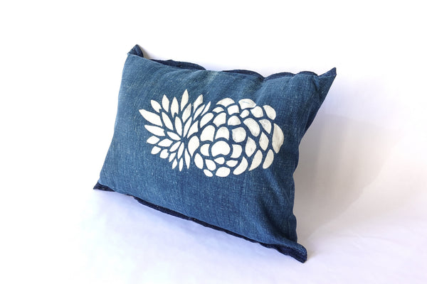 "Pinecone Katazome Pillow (16 x 12"")"