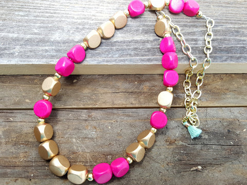 Hot Pink Gold Short Beaded Necklace