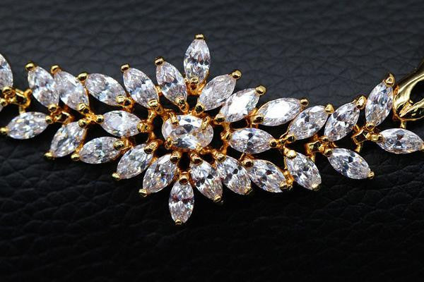 Big Flower Charm Zirconia Diamond Bracelets