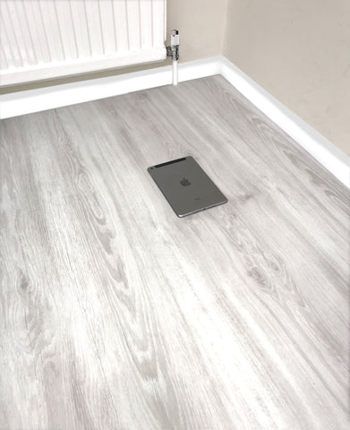 White LVT Vinyl Click Plank Flooring - 4.2mm Thick - Water Resistance - 25 Years Warranty