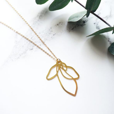 Necklace Brass Petal