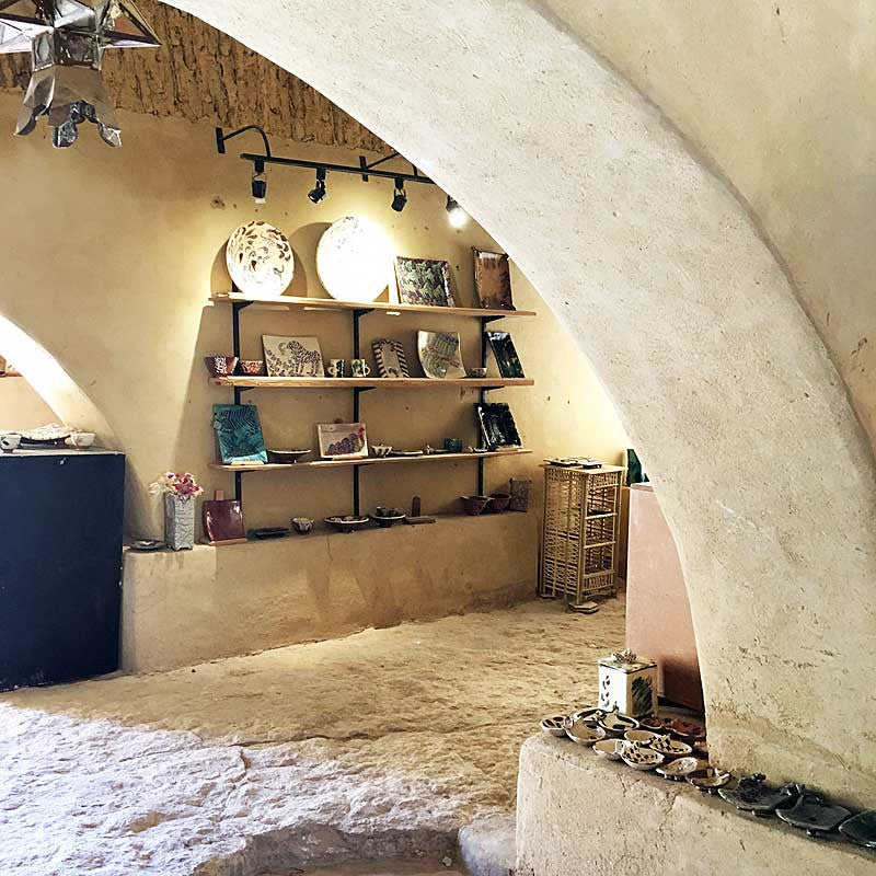 my-visit-to-the-charming-fayoum-pottery-school-pomegranate-blog-shop-archway