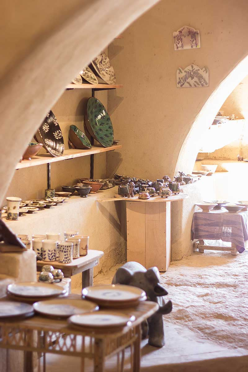 my-visit-to-the-charming-fayoum-pottery-school-pomegranate-blog-shop