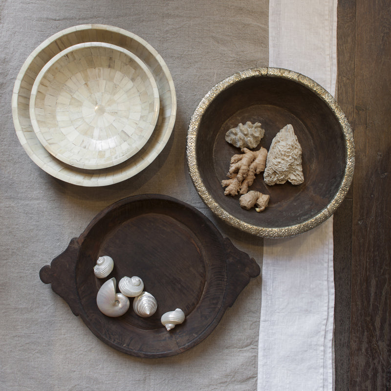 Various bowls in wood by Zenza