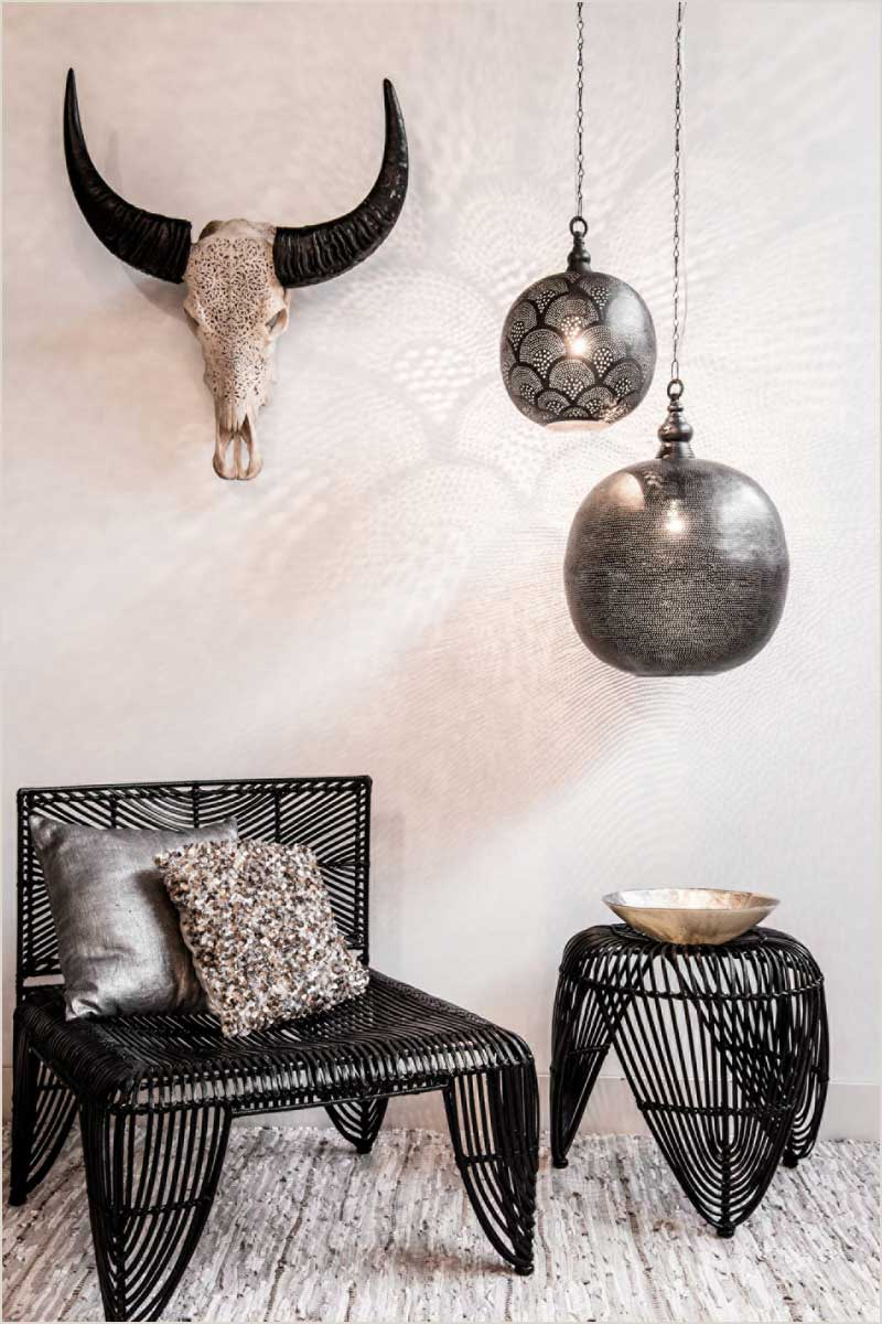 Zenza Ball Filisky in Black hung low over table
