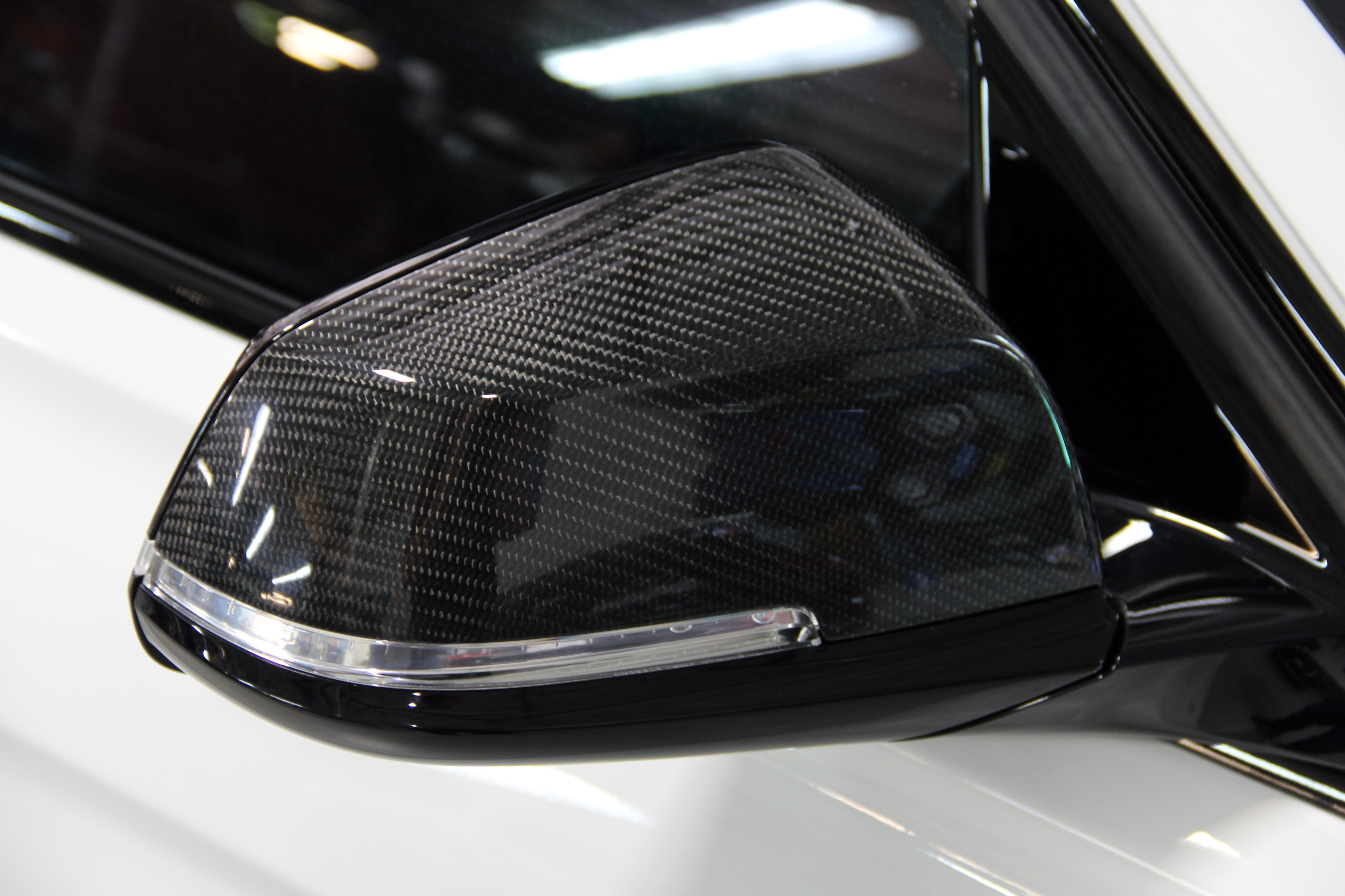F2x/F3x Carbon Fiber Mirror Cap Set